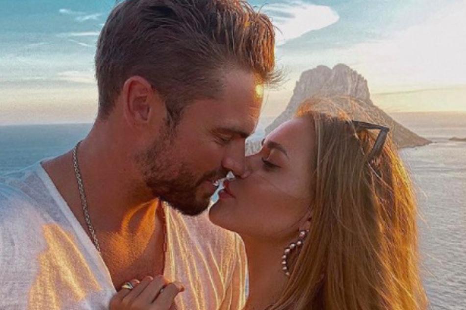 Jessica Paszka (30) und Johannes Haller (33) wandern nach Ibiza aus.