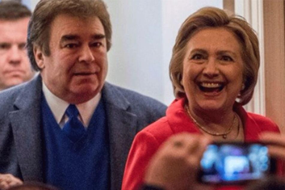 Tony Rodham und Hillary Clinton beim Wahlkampf 2016.