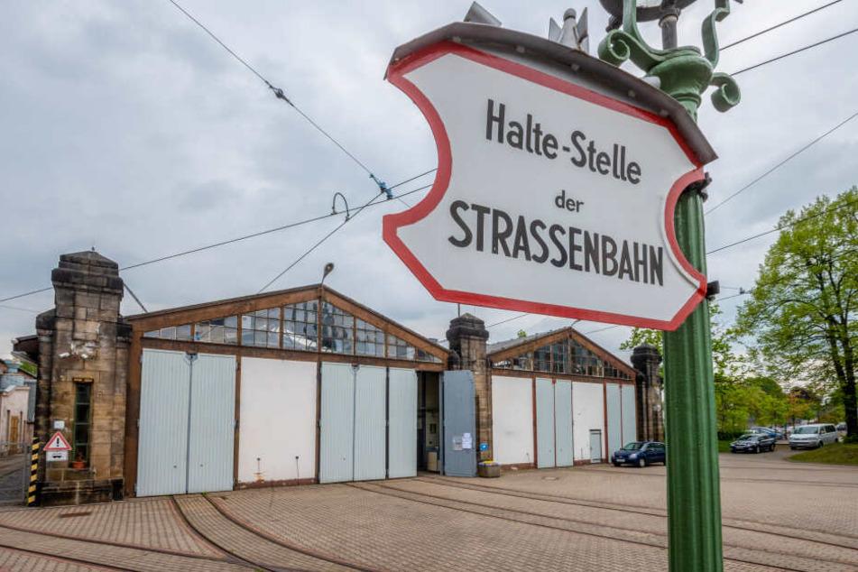 """Bis zum 15. Dezember ist die Ausstellung """"Ich werde fünfzig"""" im Straßenbahnmuseum in der Zwickauer Straße 164 zu sehen."""