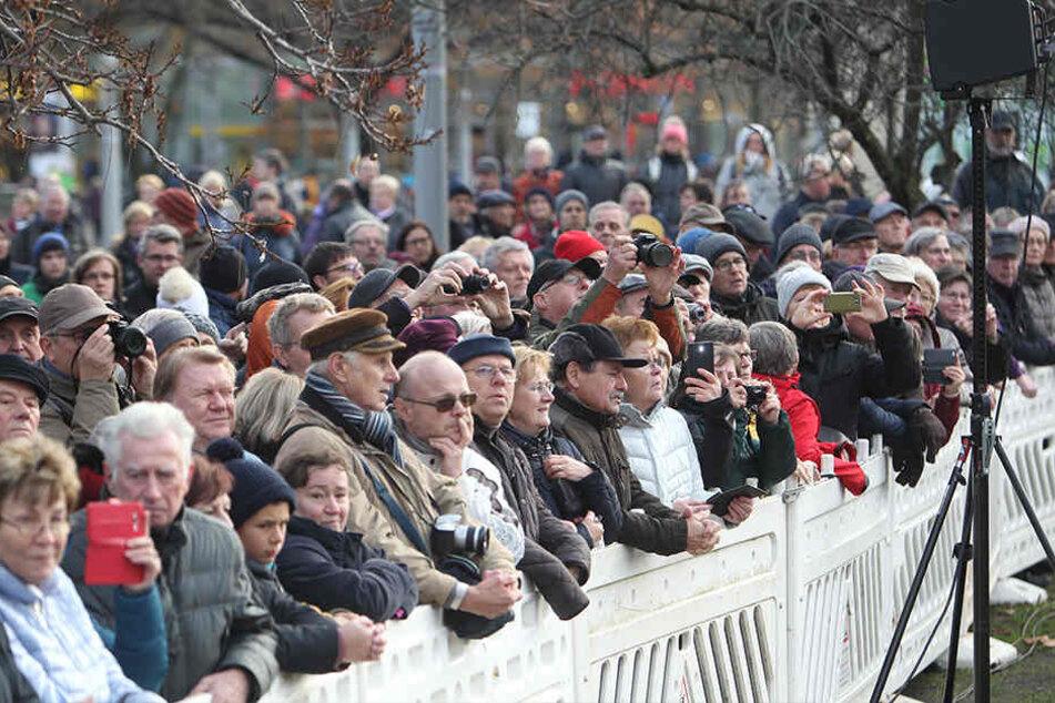 Publikumsmagnet: Die Chemnitzer Jubiläums-Bergparade zog rund 11.000 Menschen an, sie ist die größte in Sachsen.