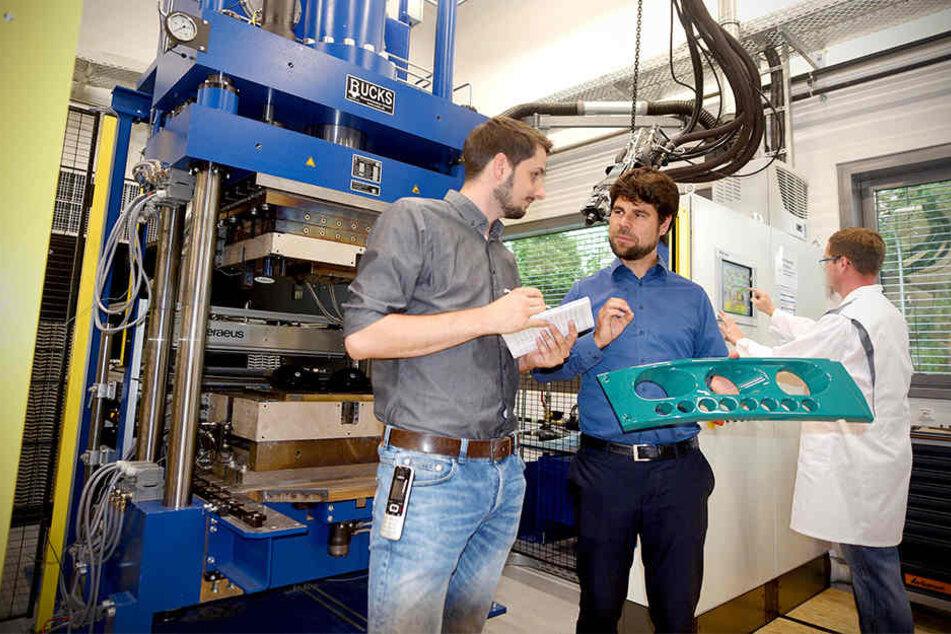 Forscher erfindet Straßenbahndach aus Stoff