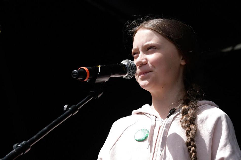 Greta Thunberg (16), Klimaaktivistin und Schülerin aus Schweden, spricht vor einem Klimamarsch in der dänischen Hauptstadt.