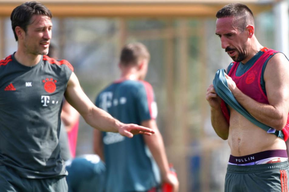 Niko Kovac (47, l.) muss mehrere Wochen auf Franck Ribéry (r.) verzichten. (Archivbild)