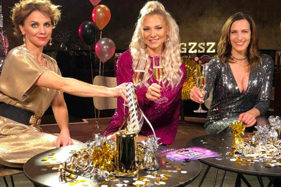 Im Silvester-Talk beantworten GZSZ-Stars Gisa Zach (l.) Valentina Pahde (M.) und Ulrike Frank die Fragen ihrer Fans.