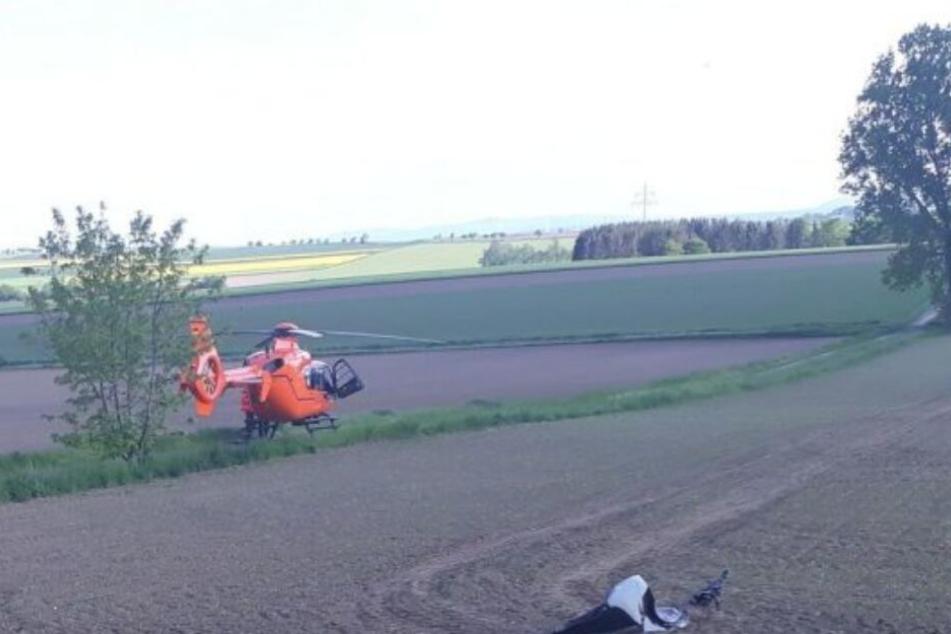 Mit einem Rettungshubschrauber kam die schwer verletzte Frau in eine Klinik.
