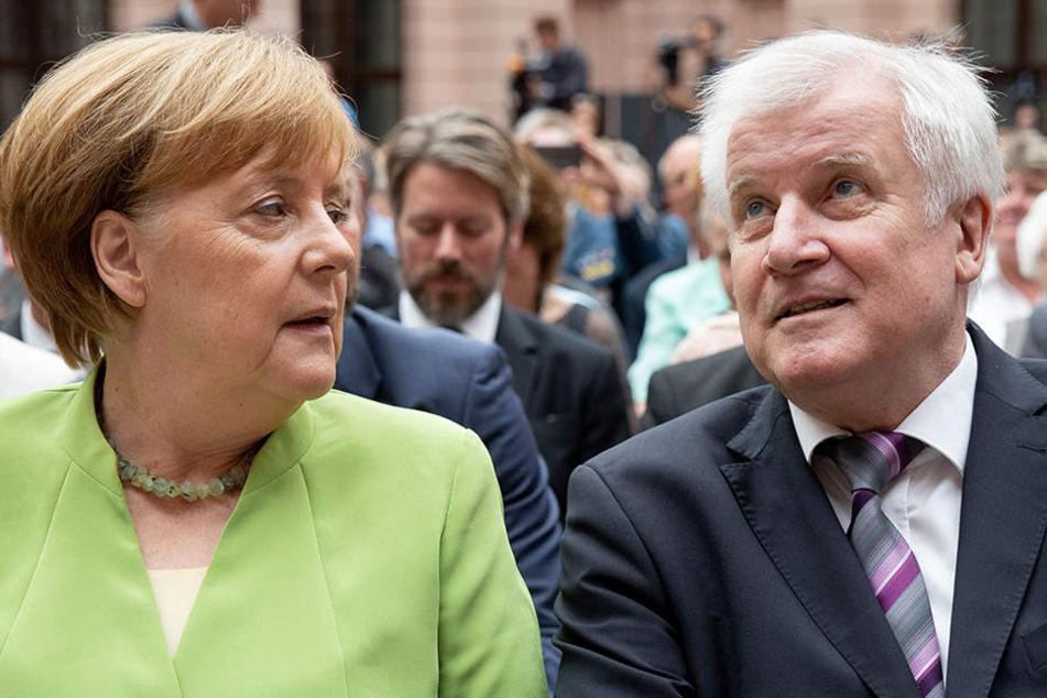 Beziehungsstatus: Es ist kompliziert bei Angela Merkel und Horst Seehofer.