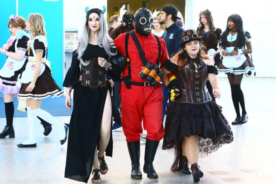 Tausende Besucher präsentierten sich in den schönsten Cosplay-Kostümen.
