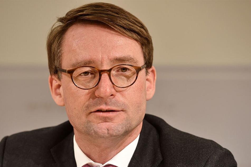 Innenminister Roland Wöller (48, CDU)