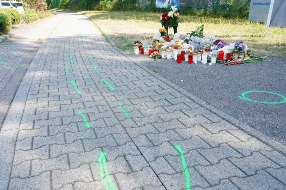 Markierungen an der Unfallstelle in Gaggenau.