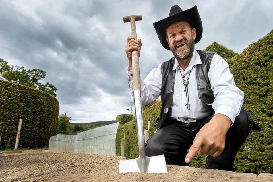 Ein Gespür für strenge Düfte: Knoblauch-Züchter stößt beim Gärtnern auf Trüffel