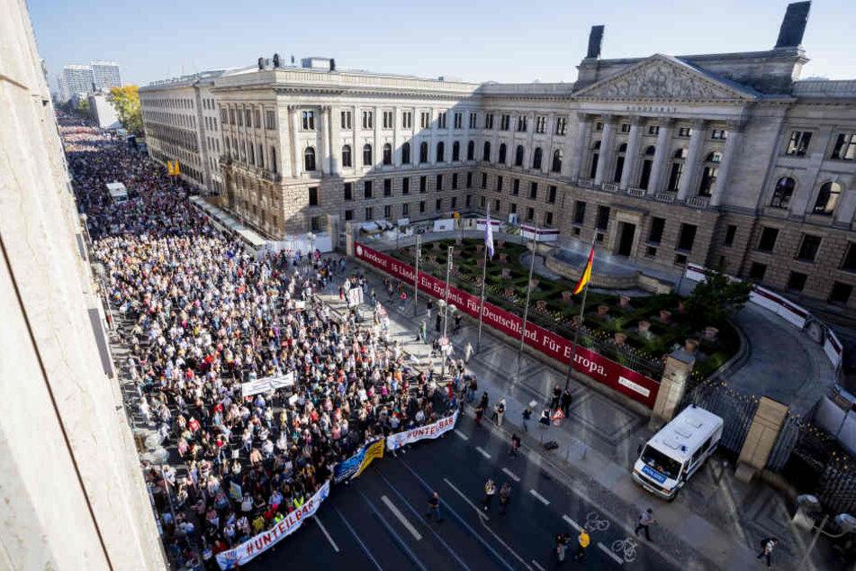 40.000 Teilnehmer waren für die Demonstration gegen Rechts in Berlin angemeldet.