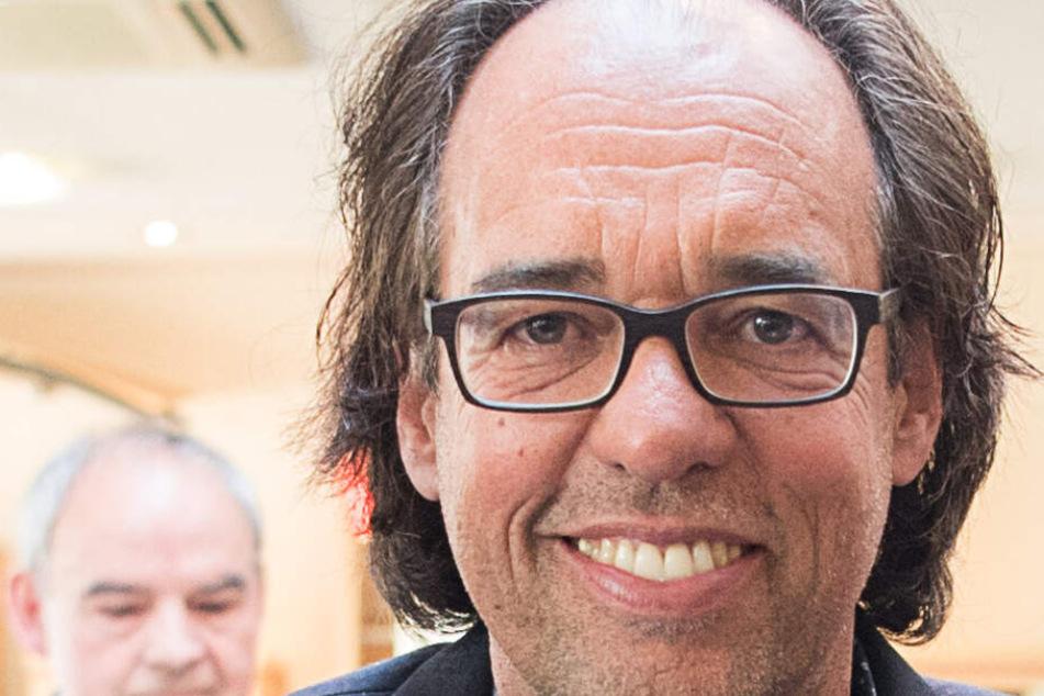 Hat Christoph Sonntag Stiftungsgelder veruntreut? Noch-Ehefrau klagt an