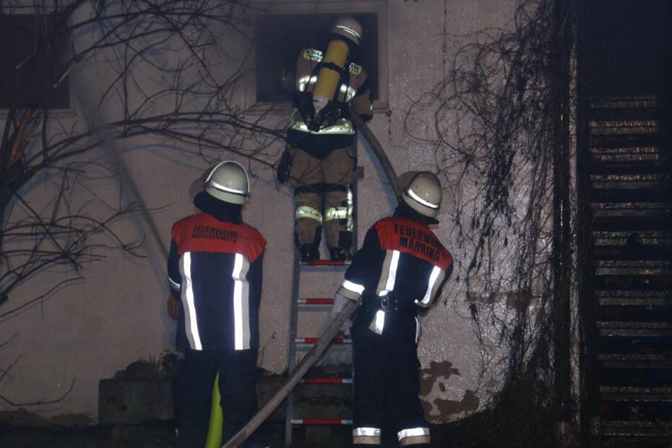 Rund 150 Kräfte der Feuerwehr waren in der Nacht im Einsatz.