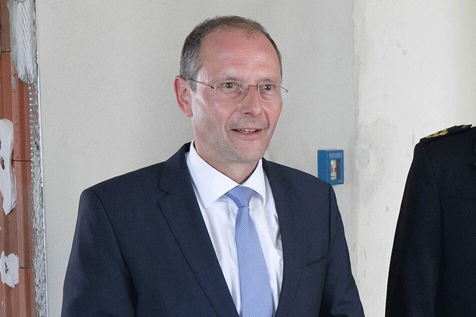 Innenminister Markus Ulbig (53, CDU)