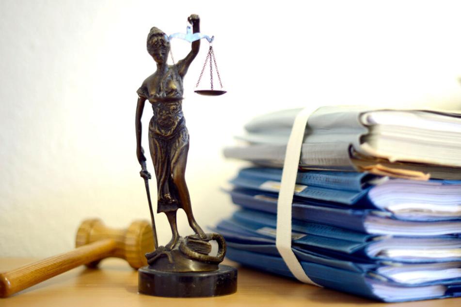 Die Verurteilten legten Berufung ein. Nun wird der Prozess in nächster Instanz fortgesetzt. (Symbolbild)