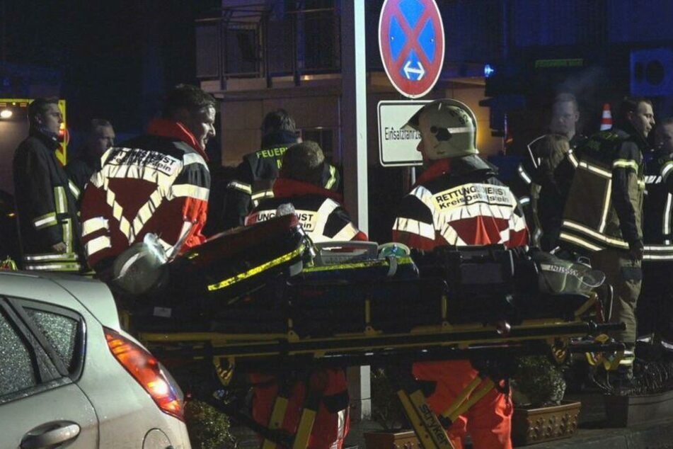 Vorsichtshalber waren auch viele Mitarbeiter des Rettungsdienstes im Einsatz.