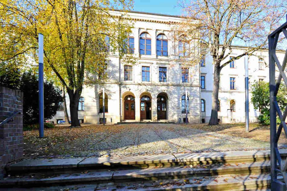 Ist in Chemnitz und nicht auf der indischen Halbinsel zu finden: Das KaSchmiR liegt am Rande des Kaßbergs.