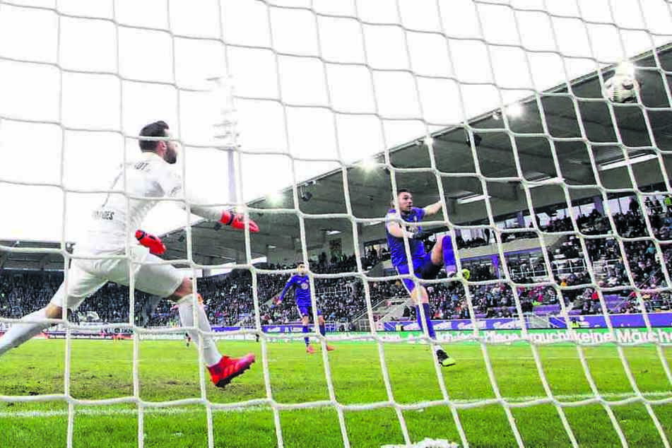 Das 2:0 gegen Darmstadt am 17. Spieltag war eines der 15 Zweitliga-Tore von Pascal Testroet in dieser Saison.