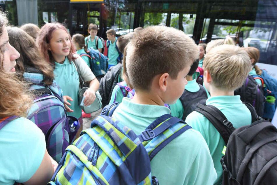 Damit auch die Jenaer Schüler in Zukunft noch mehr in den Genuss von öffentlichen Verkehrsmitteln kommen, entwarf Jenas OB zwei Beschlussvorlagen. (Symbolbild)