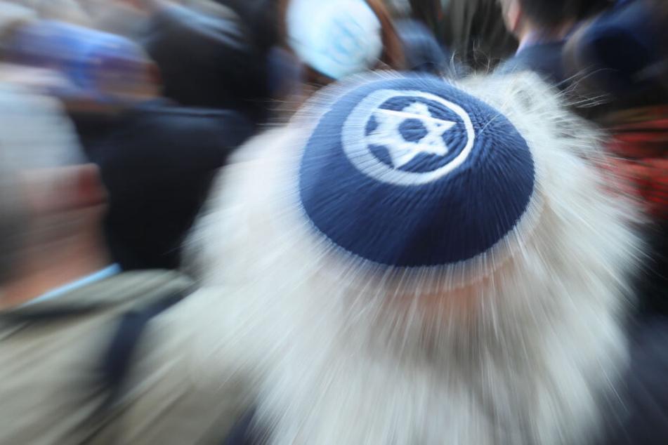 Sind Juden, die Kippas tragen, in Deutschland dermaßen in Gefahr? (Symbolbild)