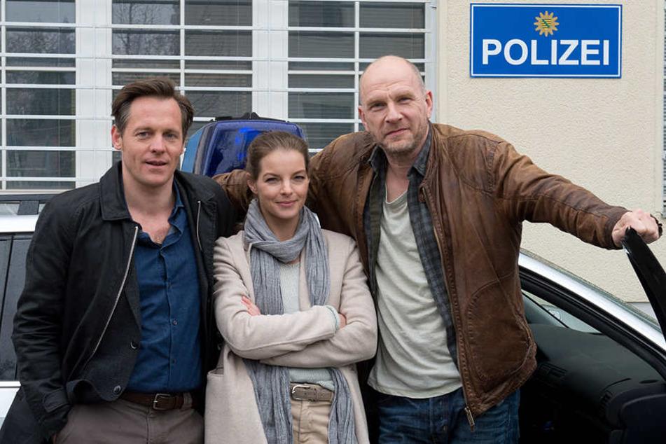 """Mittlerweile wird schon die 6. """"Wolfsland""""-Folge mit Yvonne Catterfeld (39) und Götz Schubert (55, r.) gedreht."""