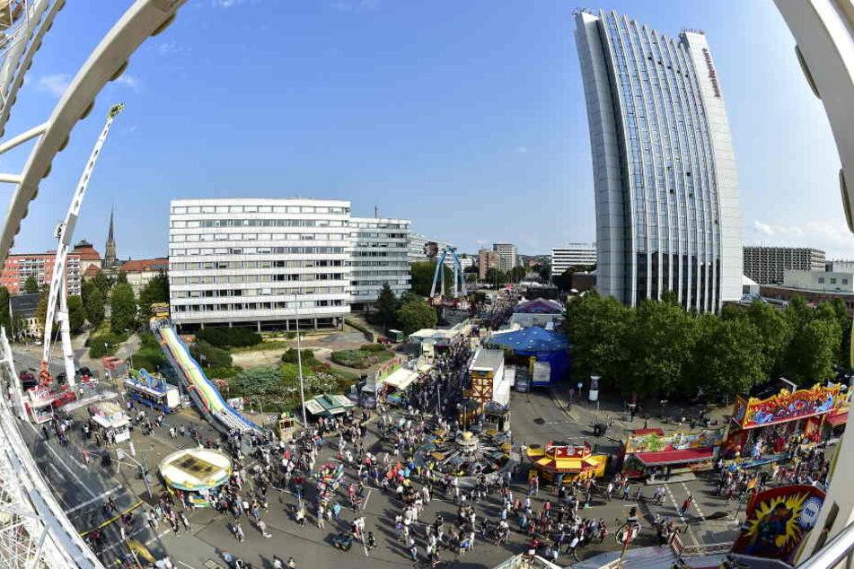 Volle Innenstadt: Etwa 260000 Besucher erwarten die Veranstalter zum Jubiläums-Stadtfest. Das Bier wird allerdings teurer.
