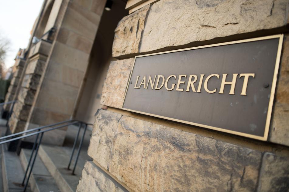 Der Prozess gegen die Beschuldigten findet am Landgericht Mönchengladbach statt.