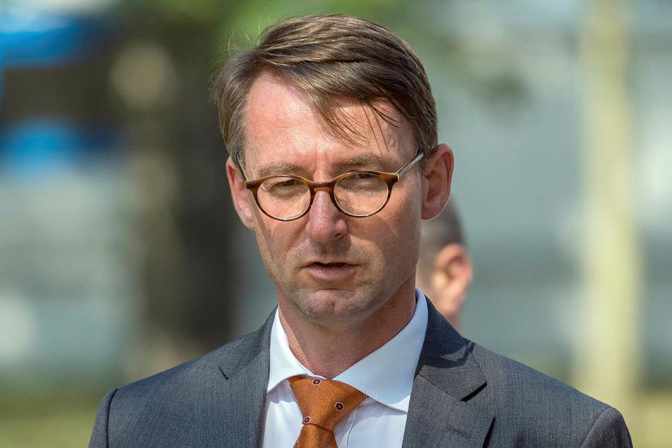 Roland Wöller (49, CDU).
