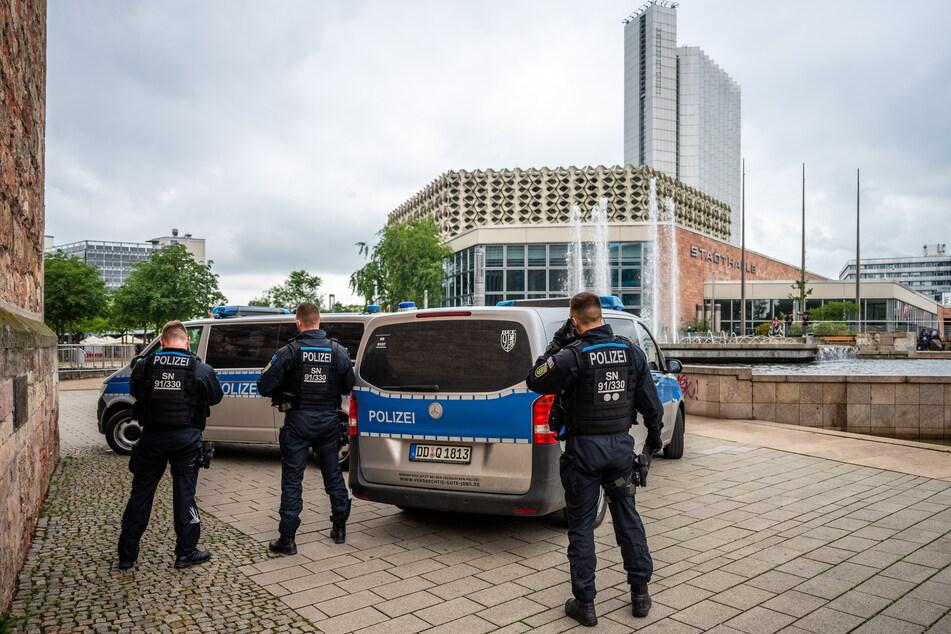 Polizei und Stadtordnungsdienst zeigen deutlich mehr Präsenz in der Innenstadt. Hintergrund ist die jüngste Häufung von Straftaten im Zentrum.