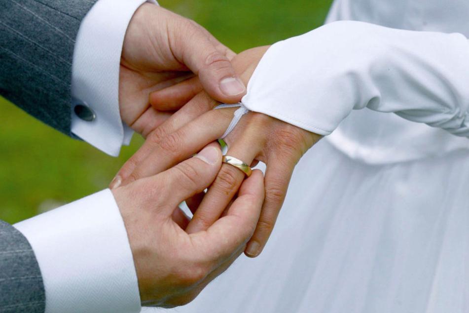 Aus dem schönsten Tag im Leben wurde für die Braut wohl der schlimmste Tag.