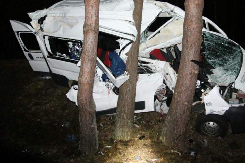 Elfjähriges Mädchen stirbt nach schwerem Verkehrsunfall