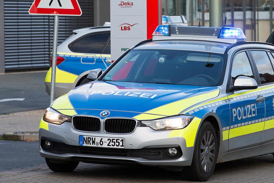 Die Polizei entdeckte das Auto einen Tag nach dem Unfall. (Symbolbild)