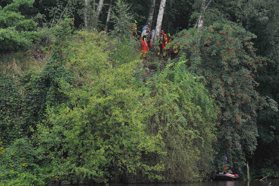 Sieben Meter tief! Junge stürzt in Angelgrube