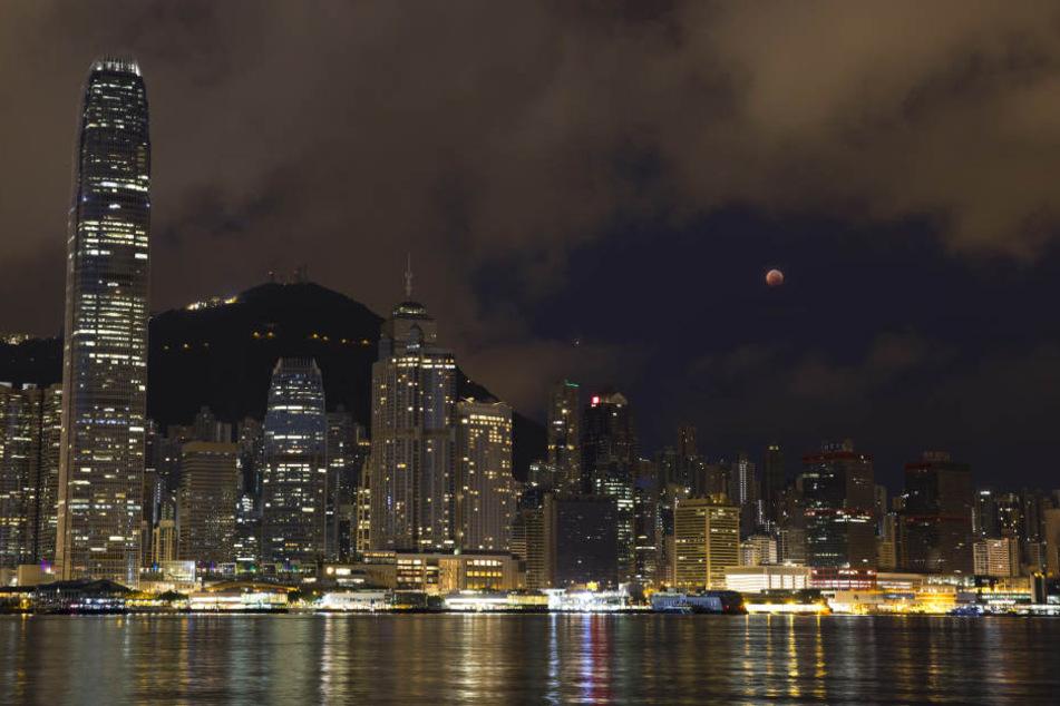 Im Ausland war die Mondfinsternis ebenfalls zu sehen, wie zum Beispiel in Hongkong.