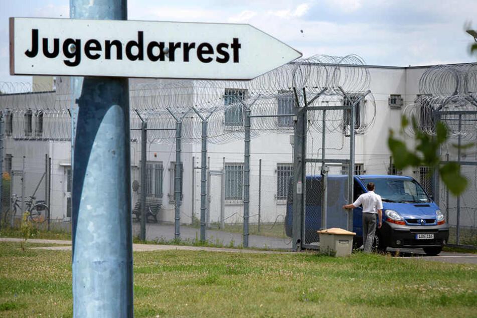 Abgeschoben im Süden Berlins! Islamistische Gefährder könnten neue Nachbarn werden