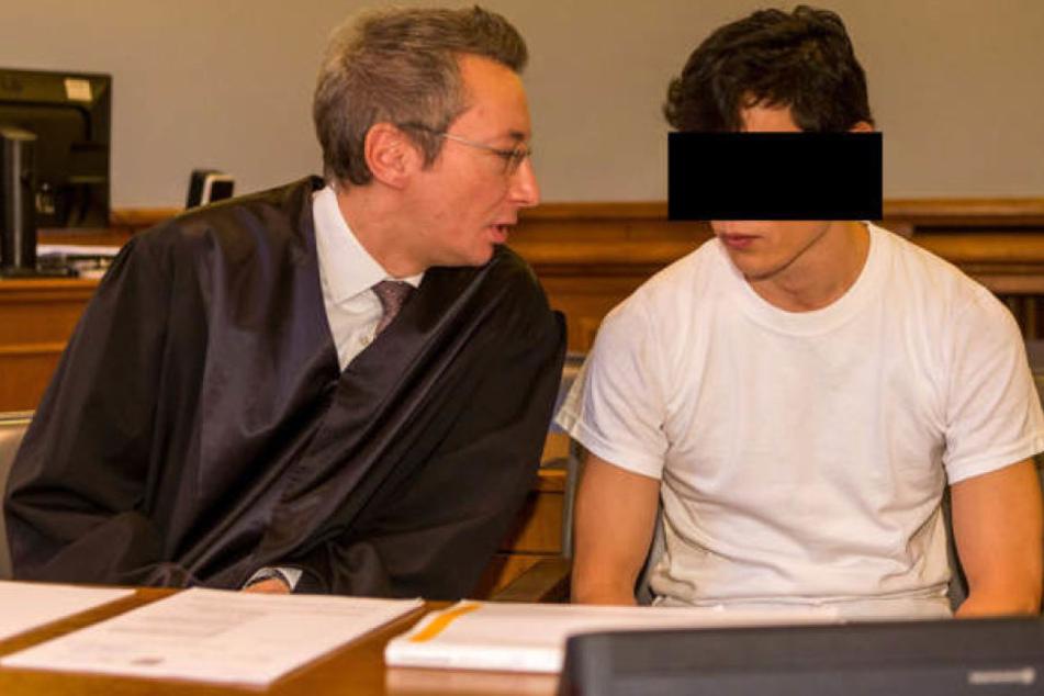 Wird er wegen Mordes oder Totschlags verurteilt? Am Montag fällt das Urteil gegen Stückelmörder Dovchin D. (r.).