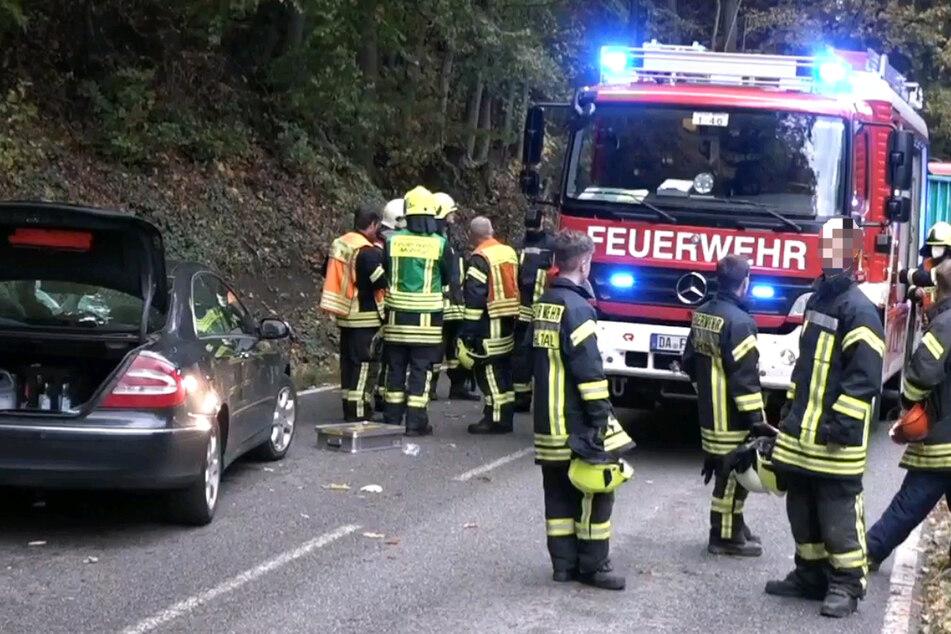 Herbststurm wütet in Hessen: Umgestürzte Bäume sorgen für Verkehrs-Chaos