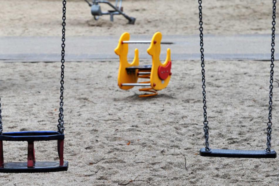 Menschenleer ist ein Kinderspielplatz (Symbolbild).