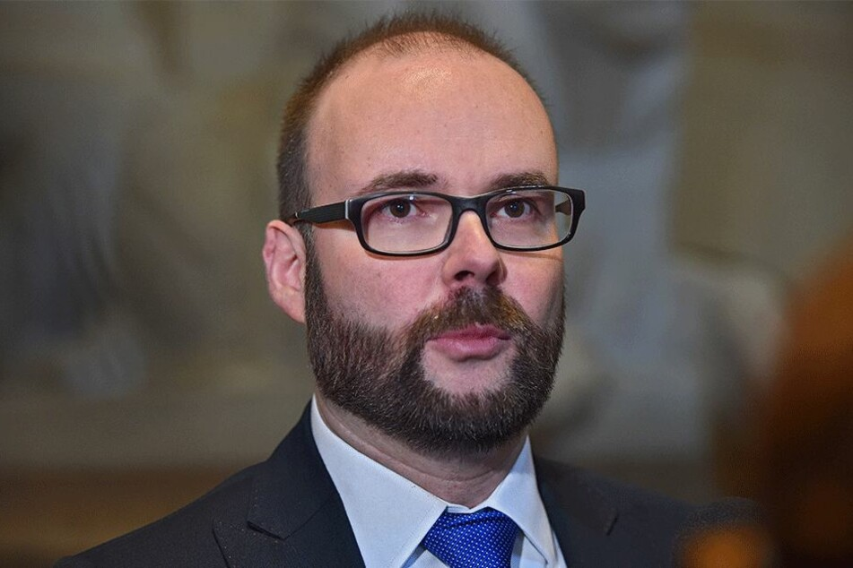 Christian Piwarz (42, CDU).