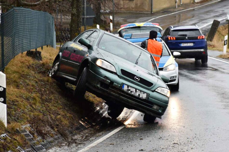 Mit dem Opel Astra konnte ein 30-Jähriger heute vorerst nicht mehr fahren.