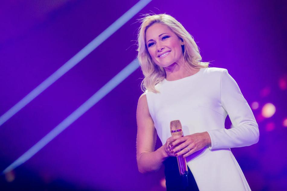 In ihrer Weihnachtsshow nimmt Helene Fischer auch Bezug auf die Ereignisse in Chemnitz.
