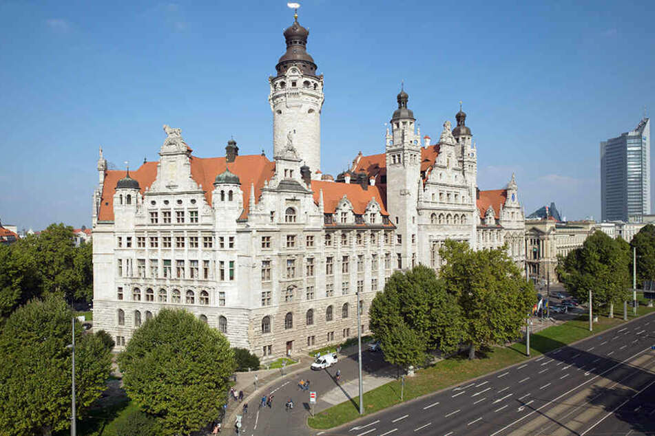 Ab 17.30 Uhr konnten die Leipziger die Ergebnisse der Wahl im Neuen Rathaus mitverfolgen. Dabei kam es zu Tumulten.