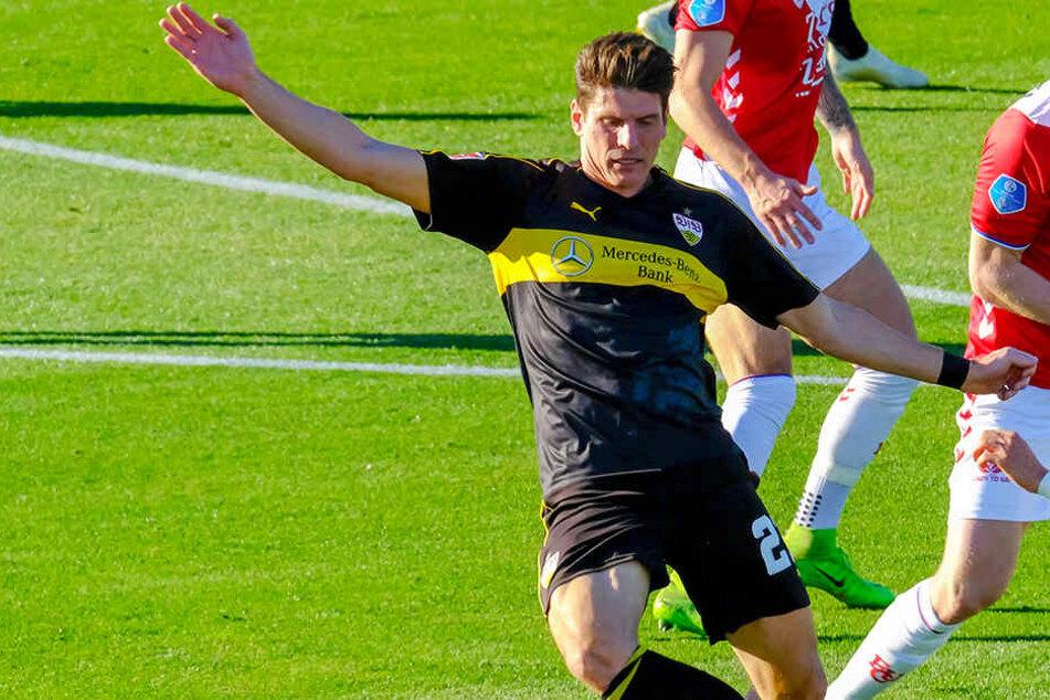 Sicherte seiner Mannschaft mit einem Doppelpack ein Remis: VfB-Stürmer Mario Gomez.