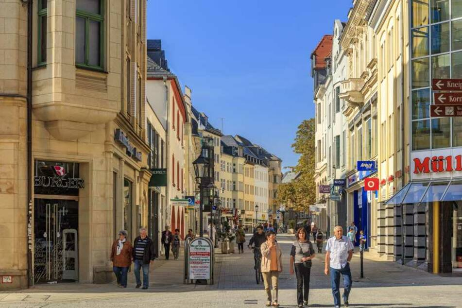 Die Zwickauer Innenstadthändler laden heute zum Sonntagsshopping ein.