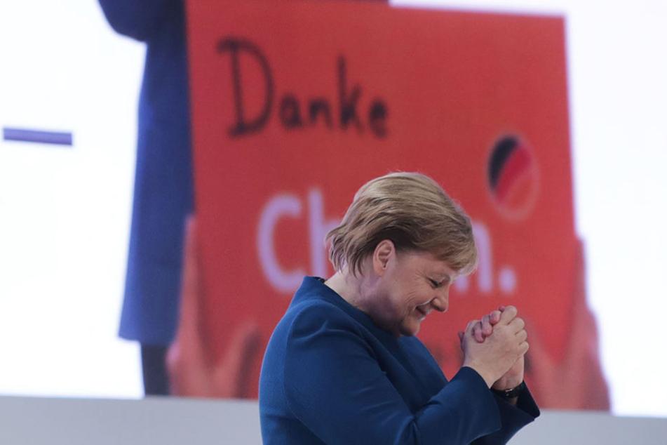 Angela Merkel (64) führte die CDU 18 Jahre, bekam nach ihrer Abschiedsrede knapp 10 Minuten tosenden Applaus und kämpfte mit den Tränen.