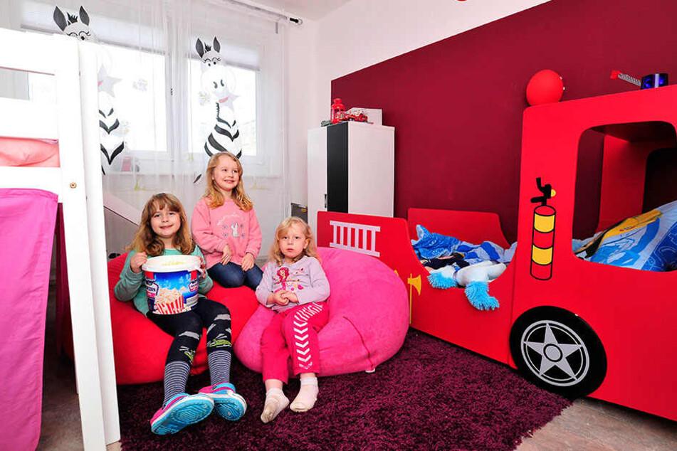 Die Mutter kann ihnen niemand ersetzen. Aber Alexia (7), Samantha (3) und Phoebe (4) werden nicht allein gelassen. Dank einer Spendenaktion konnte das Kinderzimmer renoviert werden.
