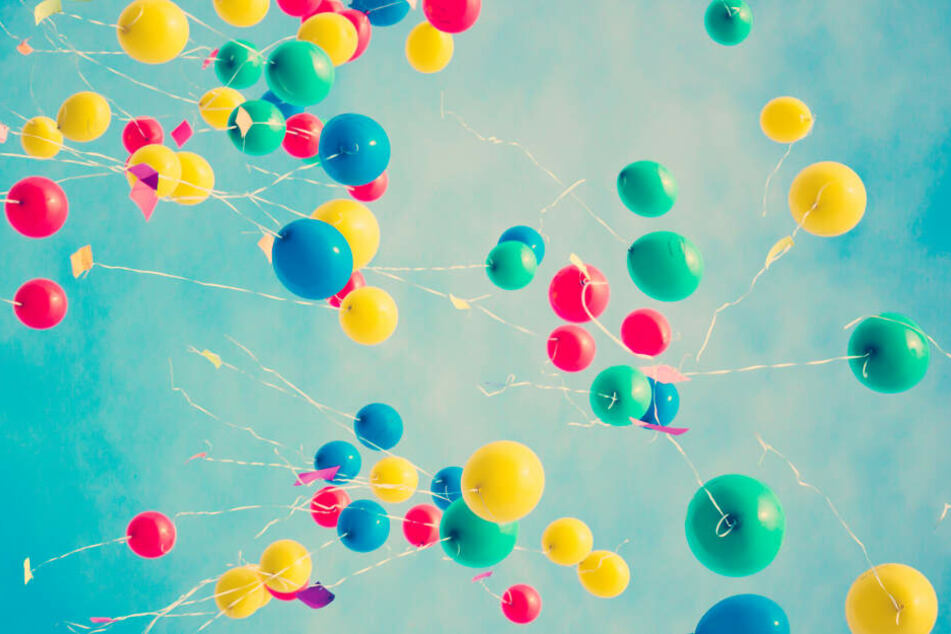 Luftballons sind hübsch anzusehen, bergen aber eine große Gefahr für die Umwelt.