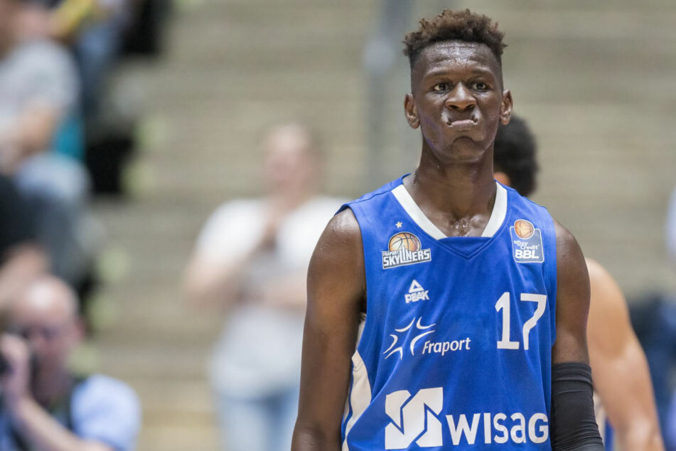 Basketball-Talent Isaac Bonga von den Los Angeles Lakers gedraftet