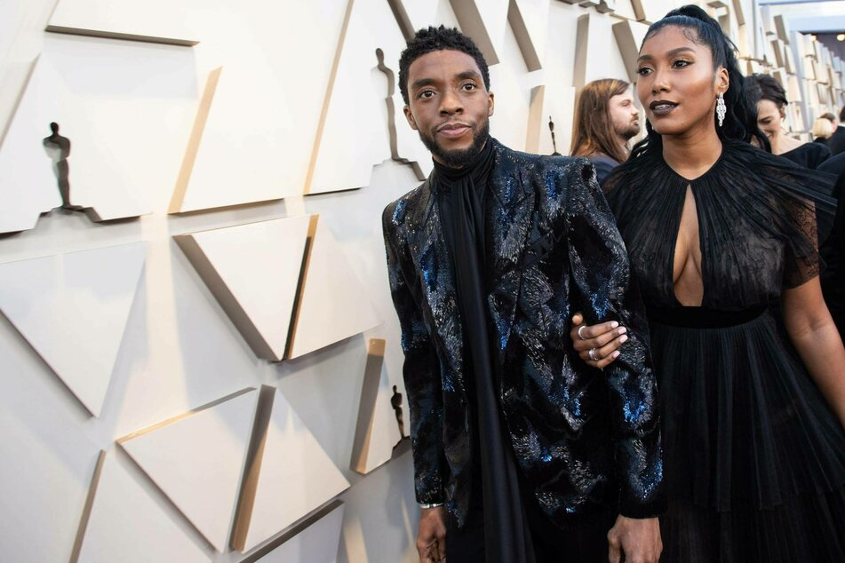 Chadwick Boseman's widow makes emotional speech at Gotham Awards show