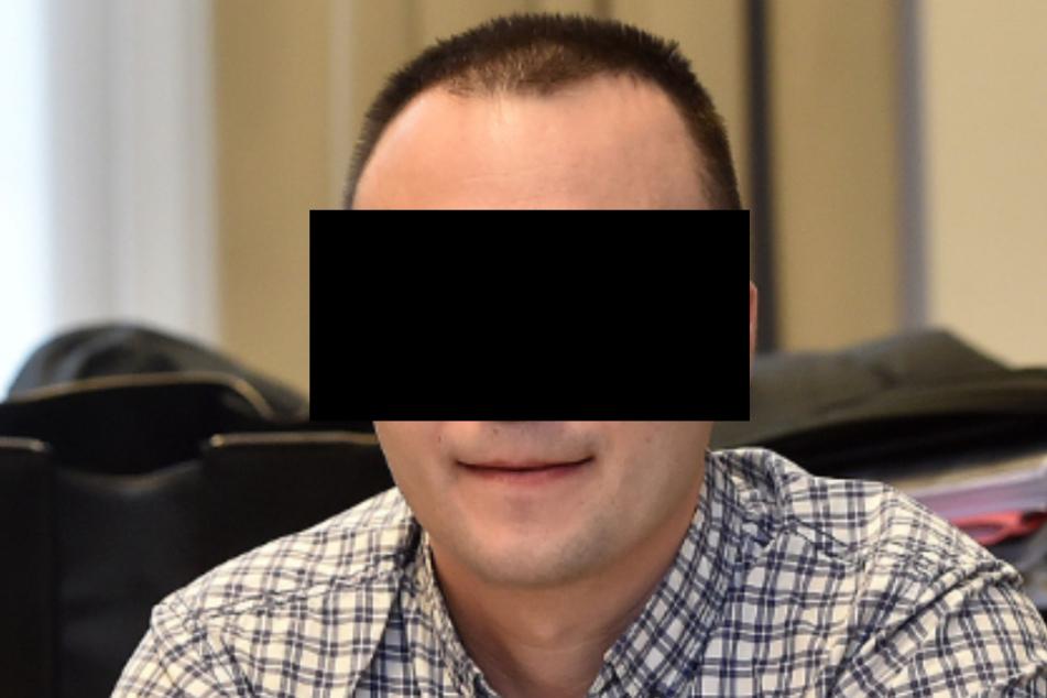 Alexander P. (36) ließ durch 191 kriminelle Helfer 25.816 Pakete aus Versandhäusern ordern.
